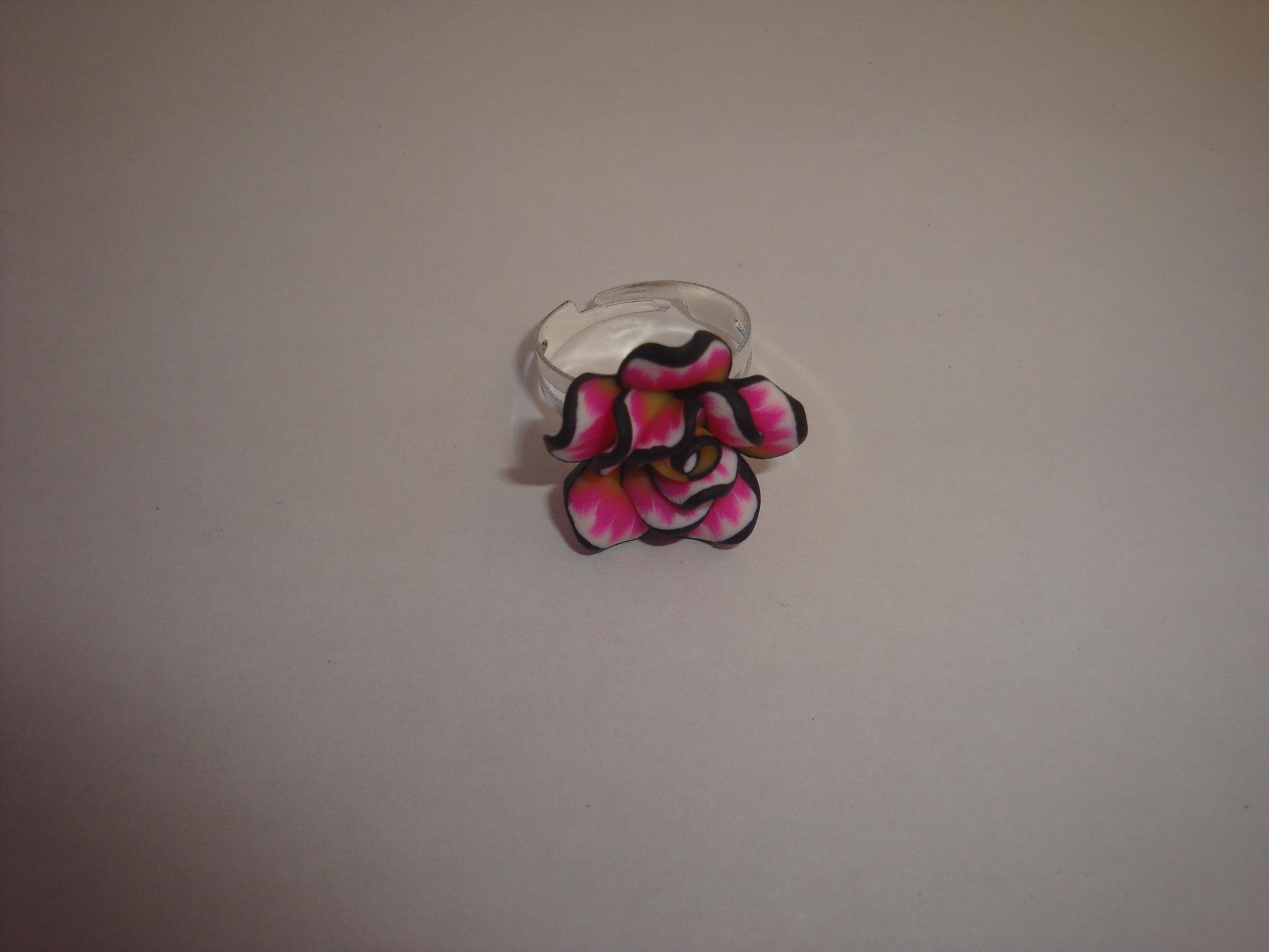 bague fleur en p te fimo rose 424. Black Bedroom Furniture Sets. Home Design Ideas